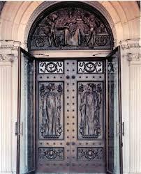 http://images.google.fr/images?q=tbn:Jx2s84BhkguahM:www.loc.gov/jefftour/images/doors-large.jpg